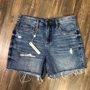 BLANKNYC bahama-mama raw hem jean shorts